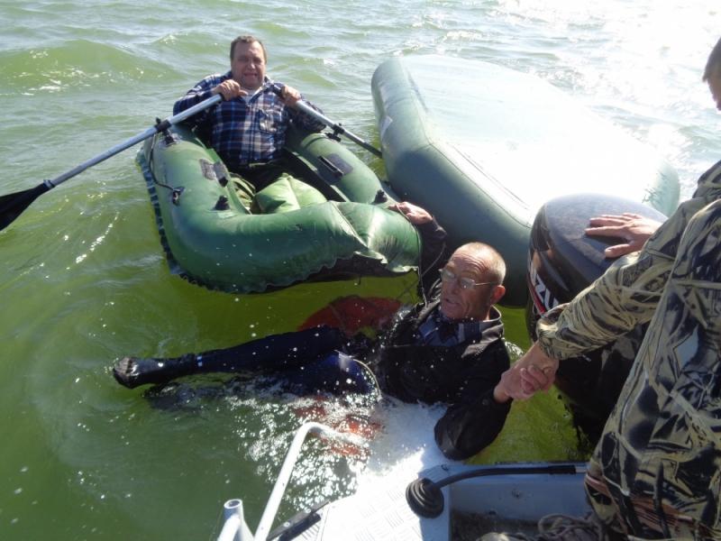 ВРостовской области изводохранилища вытащили тонущего рыбака