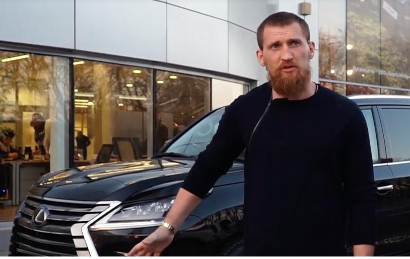 У известного боксера Дмитрия Кудряшова в Ростове украли элитный «Лексус»