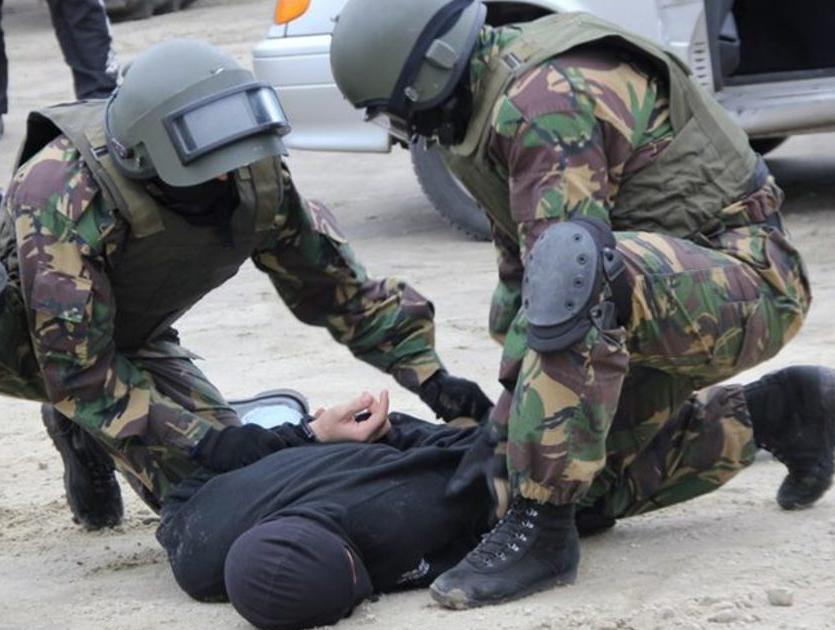 Борьбу с террористами отработают спецслужбы на Театральной площади в Ростове