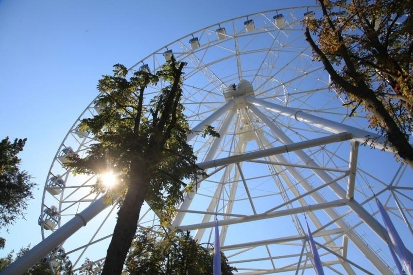 ВРостове торжественно открыли новое колесо обозрения «Одно небо»