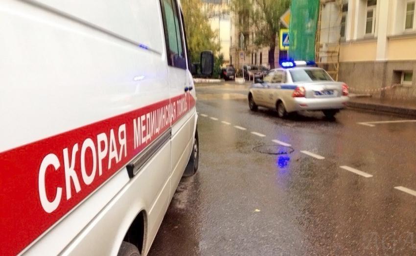 ВРостове иностранная машина  врезалась вдва автомобиля полицейских