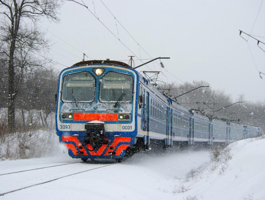 ВРостовской области временно отменили шесть электричек