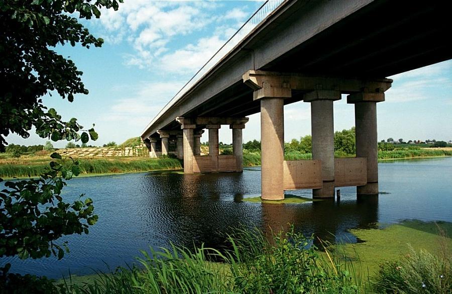 На Южном въезде в Ростов началось строительство моста