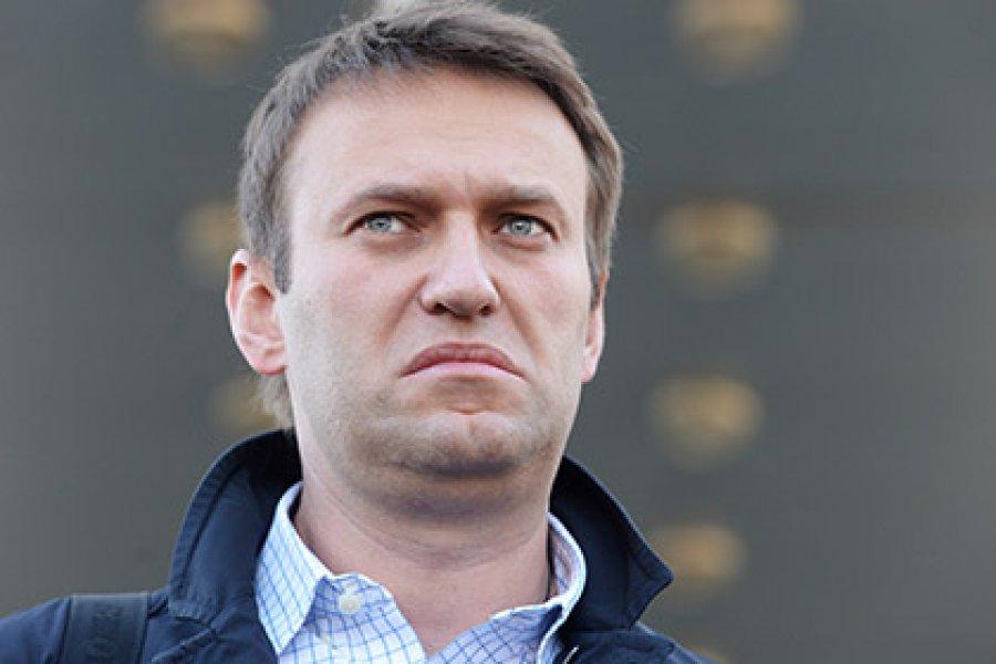 Пацанским сленгом ответил на решение суда плохо влияющий на молодежь Навальный