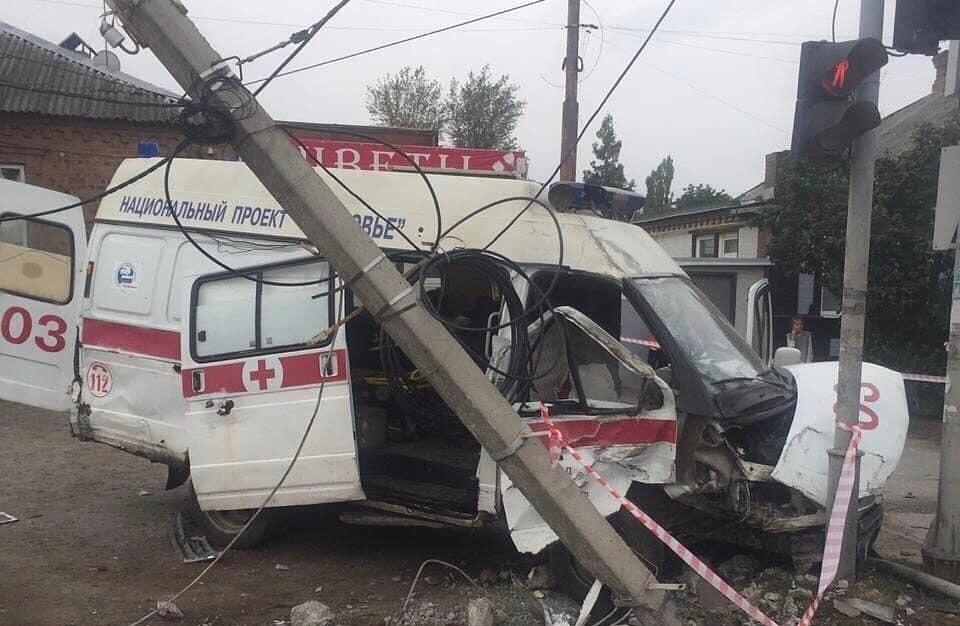 Число пострадавших вДТП смашиной скорой в Ростове увеличилось досеми