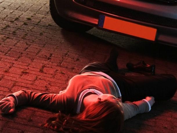 Переходившую дорогу по «зебре» школьницу сбил автомобиль в Ростовской области