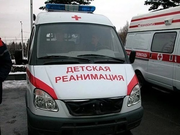 В Ростовской детской реанимации врачи спасают ребенка обварившегося кипятком