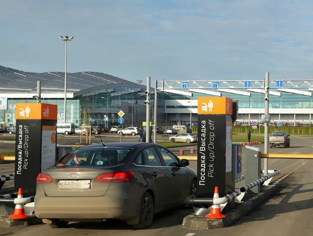 Обновленными «безопасными» парковками порадовал ростовчан аэропорт «Платов»