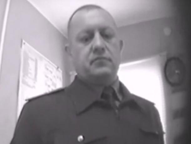 Наглые ростовские таможенники попросили взятку и оказались в наручниках
