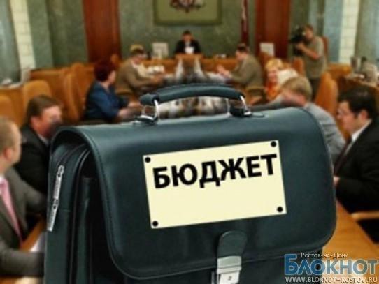 В 2013 году в Ростове на здравоохранение потратят меньше, чем на образование
