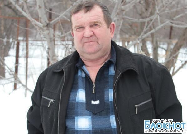 В Батайске дальнобойщик задержал в магазине вооруженного грабителя