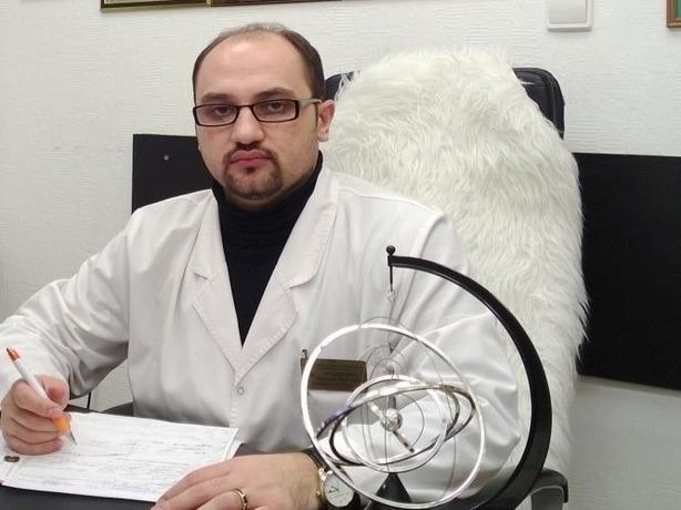 Известного психиатра Ростова-на-Дону жестоко избили рядом с собственным домом