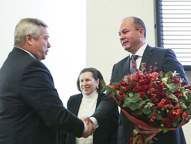 Сколько стоит букет, который дарит губернатор Ростовской области