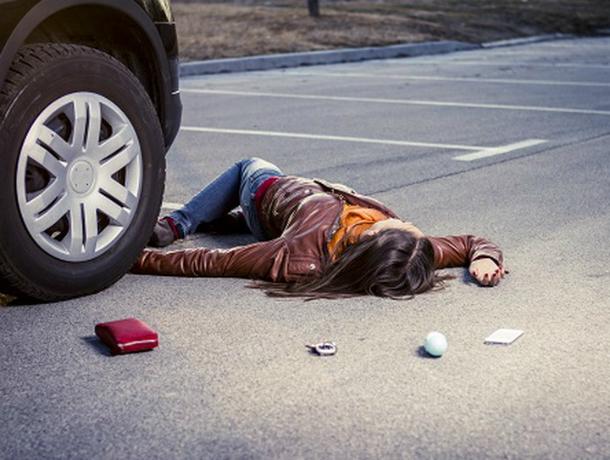 Отравленная «спайсом» женщина бесновалась по дороге и попала под колеса автомобиля в Ростове