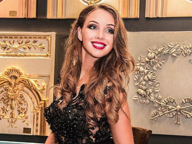 Ростовчанка Полина Диброва устроила разнос в одном из московских ресторанов