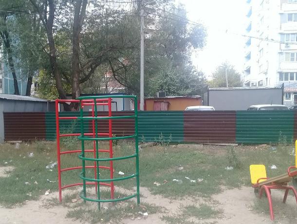 Заглядываться с завистью на алкоголиков приходится лишенным детства маленьким жителям Ростова