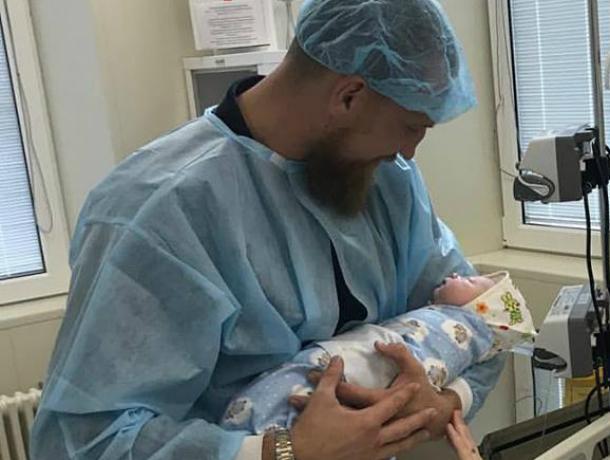 Донской боксер Дмитрий Кудряшов во второй раз стал счастливым отцом