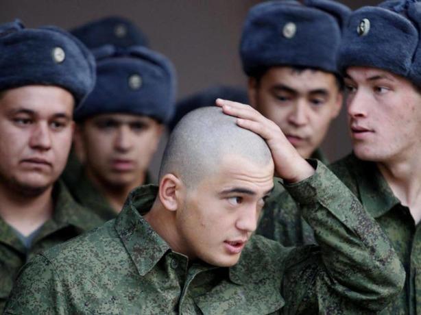 3800 лысых новобранцев из Ростовской области отправятся служить в армию
