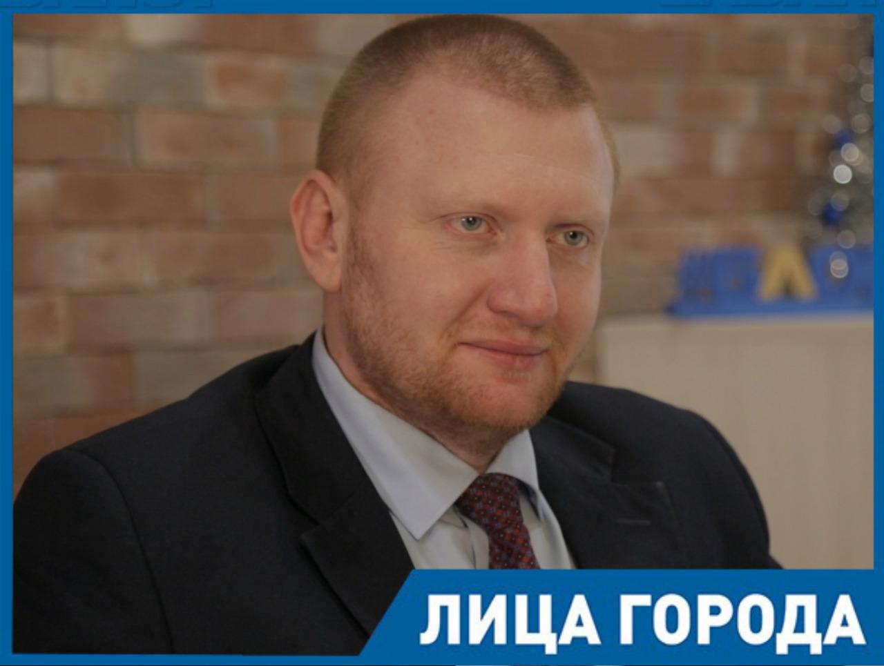Ростовский зоопарк начал оживать на деньги спонсоров, - Александр Жадобин