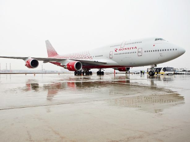 Пилотам Boeing-747 из-за «бомбы» пришлось сажать самолет в Ростове