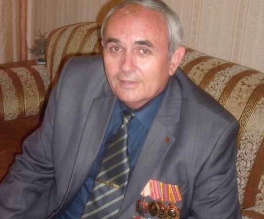 В Зверево начал бессрочную голодовку пенсионер-шахтер, депутат городской думы Валерий Дьяконов