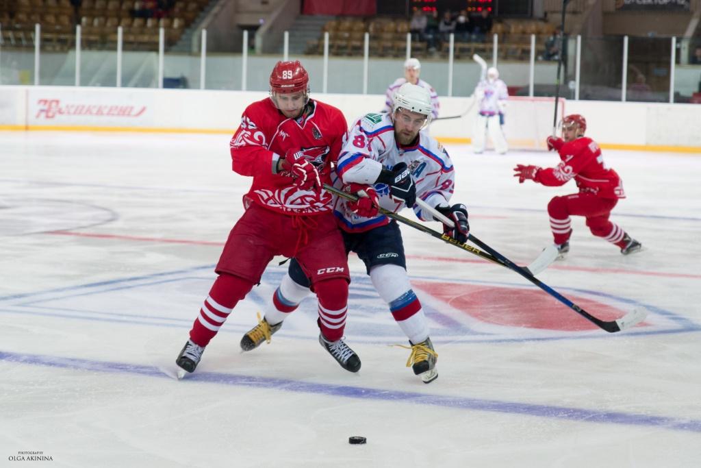 ХК «Ростов» сохранил лидерство втурнирной таблице