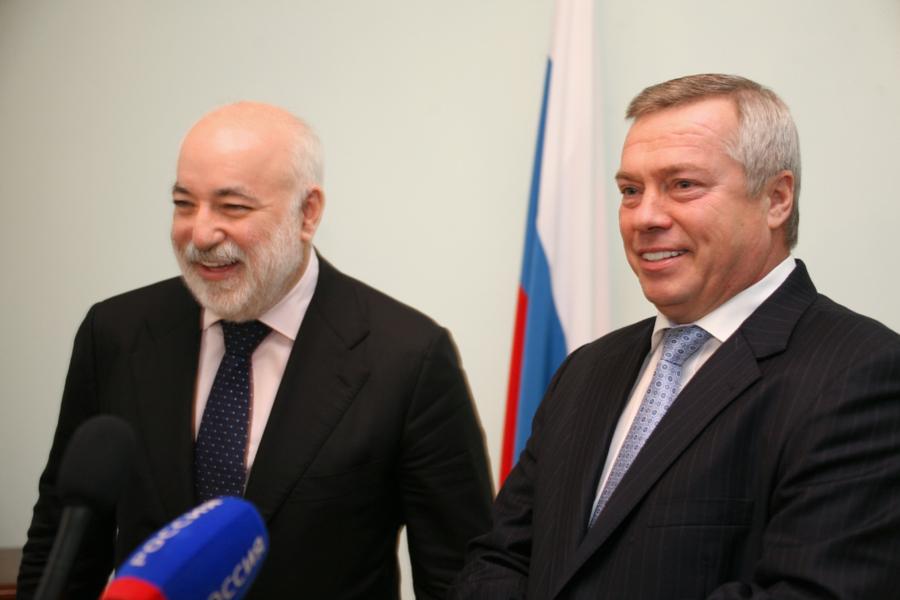 Телеграм-каналы вновь анонсировали уход ростовского губернатора на работу в Москву