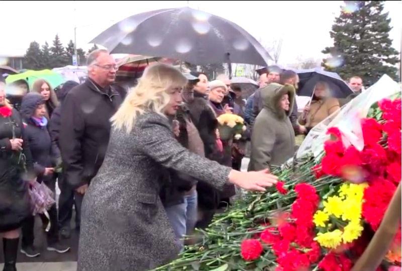 ВРостове установили монумент жертвам авиакатастрофы с«Боингом» FlyDubai